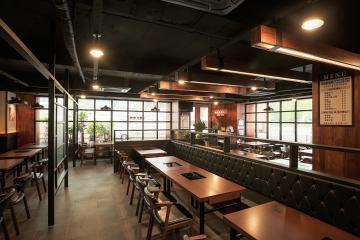 마음까지 편안해지는 우드 인테리어, 40평대 식당