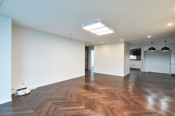 고급 자재를 사용한 럭셔리 모던 스타일, 40평대 아파트