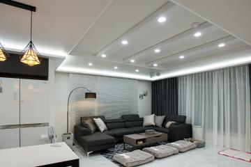 블랙&화이트 컬러의 공간에 간접조명으로 디자인을 더하다, 30평대 아파트 수원시,장안구,이목동