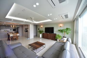 웨인스코팅을 사용한 프렌치 스타일의 50평대 아파트 50평대,58평아파트,용인시,영덕동