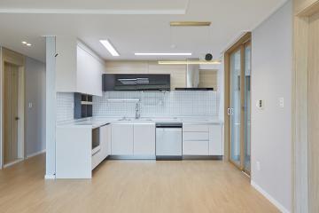 내추럴한 주방, 느낌있는 욕실의 30평대 아파트 30평대,33평,인천,연수구,송도동