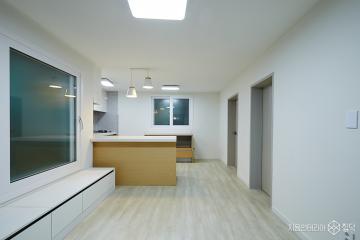화이트와 그레이로 심플하게 변신한 15평의 주택 인테리어 15평,그레이,심플,주택,종로구