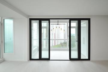 폴딩도어로 개방감을 더한 화이트톤의 30평대 아파트 30평대,36평,화성시,반송동