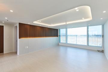 트렌디한 아트월과 완벽한 마감이 돋보이는 30평대 아파트