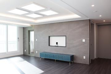 은은한 간접 조명이 고급스럽게 비추는, 30평대 아파트 부천시,중동역,30평대,34평
