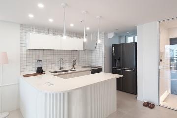 화이트 컬러의 청량함과 갤러리를 연상시키는 20평대 아파트 20평대,23평,강서구,가양동