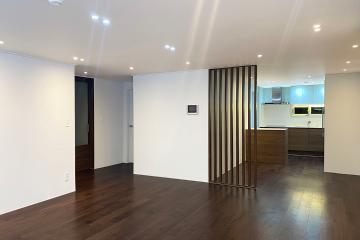 월넛으로 무게감을 잡아준 40평대 아파트 40평대,44평,부산,수영구,수영동