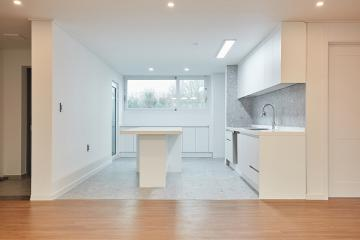 깔끔한 화이트 톤의 널찍한 주방의 매력, 30평대 아파트 30평대,32평,송파구,가락동