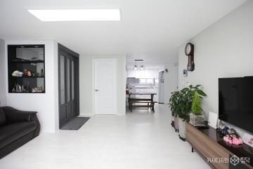 깨끗한 화이트톤에 차분한 느낌의 32평 아파트 인테리어 32평,모던,화이트,아파트,안양시