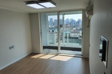 포인트있는 가구와 잘어울리는 화이트톤 아파트로 초대합니다. 화이트,모던,실용성중시