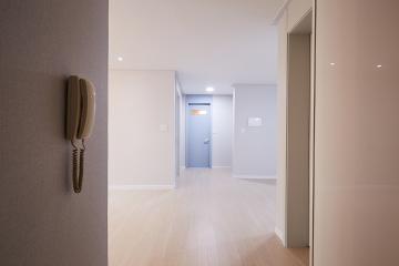 집 안 곳곳 포인트 조명이 인상적인 31평 아파트 인테리어 31평,스카이블루,심플,아파트,부평구,하늘색,신혼집