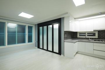 블랙톤으로 포인트를 준 모던한 20평대 빌라 인테리어 25평,블랙,모던,빌라,구로구