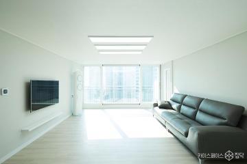 눈부신 햇살이 포근하게 감싸주는 32평 아파트 인테리어 32평,모던,화이트,아파트,남양주시