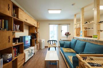 미니멀리즘 컨셉으로 유럽풍의 분위기를 표현한 17평 아파트 인테리어 17평,심플,화이트,아파트,군포시,2000만원대,스타일링