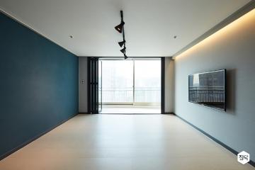다크 그레이 컬러로 세련되고 멋스러운 41평 아파트 인테리어 41평,모던,그레이,아파트,구로구