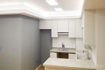 그레이와 화이트로 심플하게 꾸민 25평 주택 인테리어 25평,심플,화이트,주택,관악구
