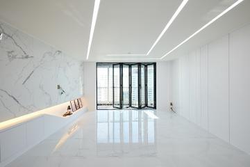넓고 세련된 느낌이 멋스러운 45평 아파트 인테리어