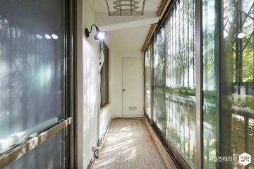 단 3일 만에 자연과 가까워지다 23평,모던,화이트,아파트,서대문구